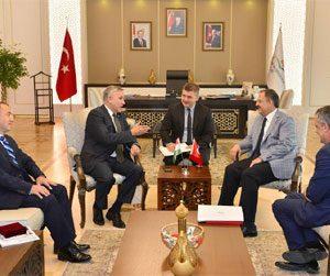 Macaristan Büyükelçi ve Fahri Başkonsolos