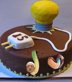 AKP yaşgünü pastası