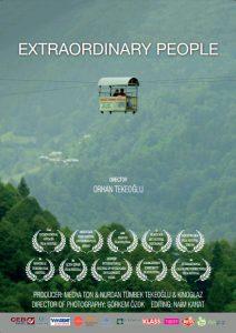 """""""Sıra Dışı İnsanlar"""" belgeseli afişi"""