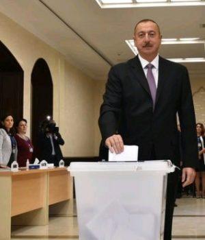 Aliyev referandumla yetkilerini artırmayı amaçlıyor