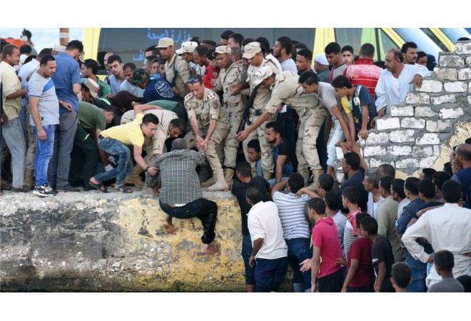 Mısır kıyılarında batan mülteci teknesinde ölenlerin sayısı artıyor