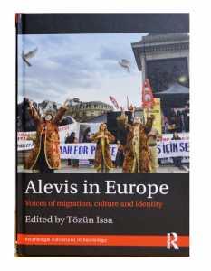 """Tözün İsa tarafından edit edilen """"Alevis in Europe"""" 252 sayfa ve 8 illistürasyondan oluşuyor"""