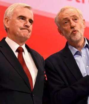 Gölge Maliye Bakanı John McDonnell ve parti lideri Jeremy Corbyn