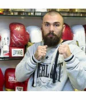 İskoç boksör Mike Towell